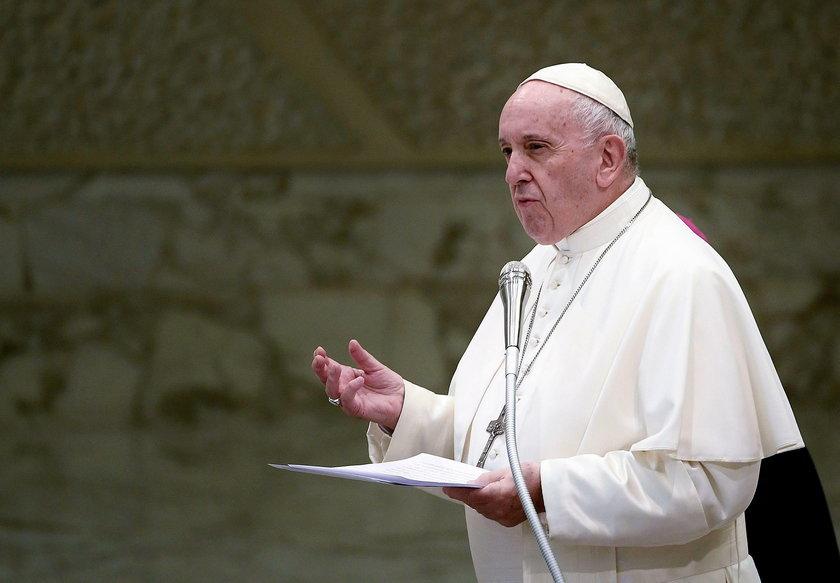 Papież Franciszek bezsilny wobec chciwości watykańskich kardynałów?