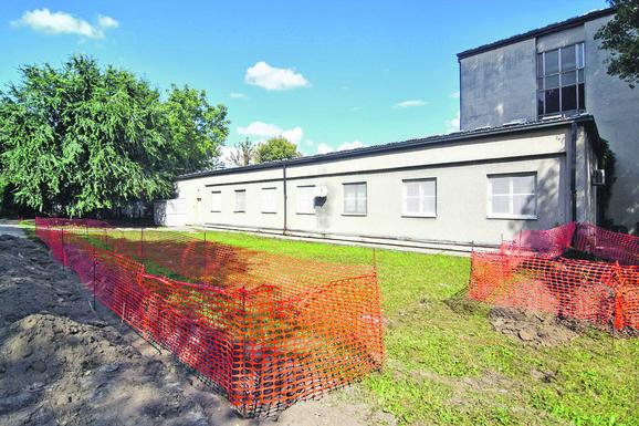 Izgradnja ograde neće rešiti problem narušene bezbednosti s kojim se suočavaju stanari Mikole Kočiša