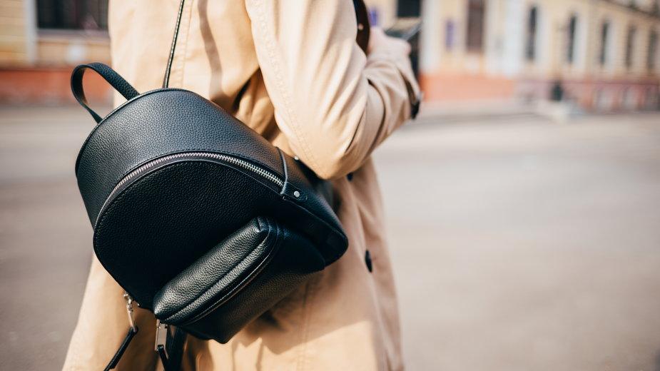Zamiast torebki: modne i praktyczne plecaki damskie