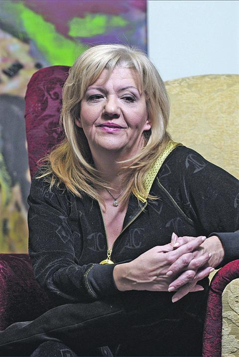 Skoro da je ponovo ona stara: Marina Tucaković uslikana na letovanju! FOTO