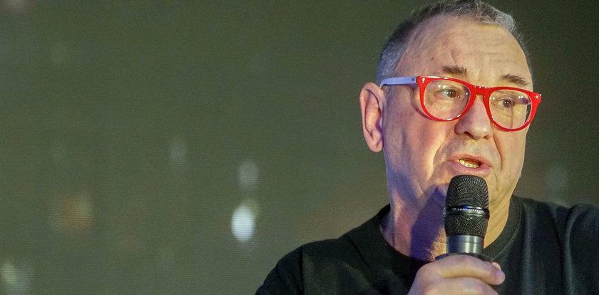 Owsiak wziął udział w proteście w Warszawie. Podszedł do policjanta i powiedział mu, żeby się wstydził