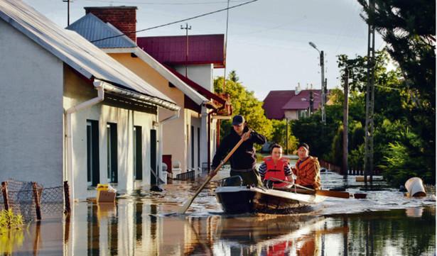 ISOK to aplikacja, która ma ostrzegać przed powodziami lub zagrożeniami energetycznymi