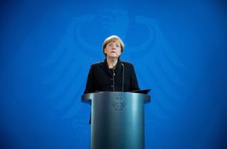 Merkel o zamachach w Paryżu: To atak na nas wszystkich