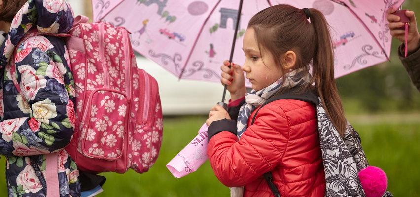 Prognoza pogody. W poniedziałek chłodniej i spadnie deszcz. Gdzie?