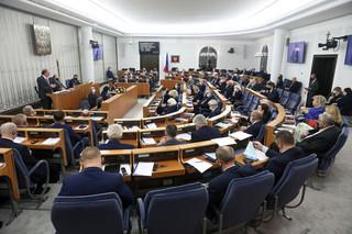 Senat odrzucił nowelizację w sprawie zmian w programie '500 plus'