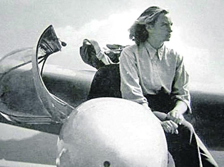Pionir ženskog vazduhoplovstva Ljudmila Jovanović