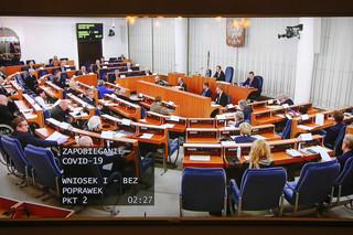 Szersze wsparcie dla firm i wykreślenie zmian w kodeksie wyborczym. Senat przegłosował poprawki do tarczy antykryzysowej