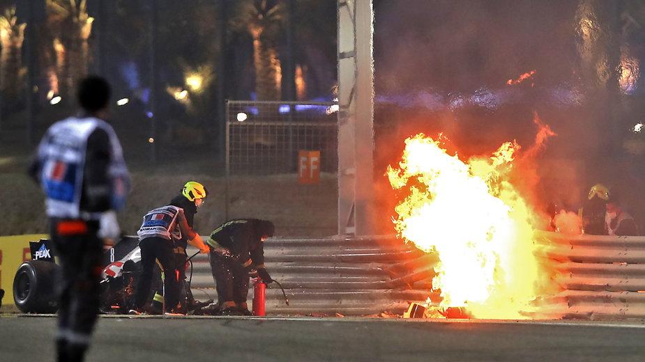 Bolid Romaina Grosjeana w trakcie Grand Prix Bahrajnu