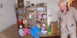 Niebezpieczne zabawy europosła z dziećmi