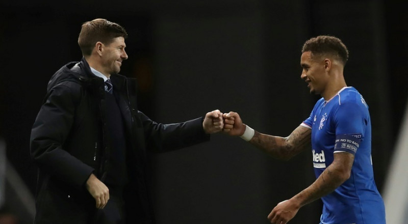 Gerrard leads Rangers to long-awaited league title