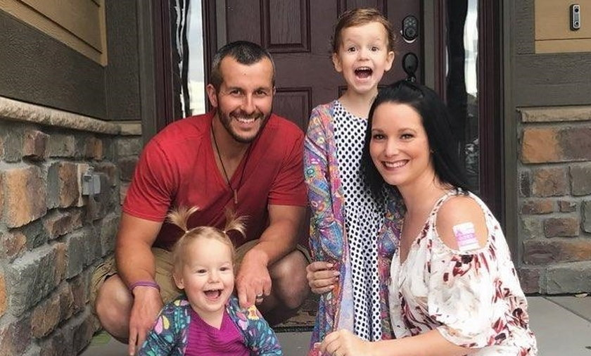 Zamordował ciężarną żonę i córeczki, by być z kochanką. 33-latka wydała go policji, teraz odnowiła kontakt