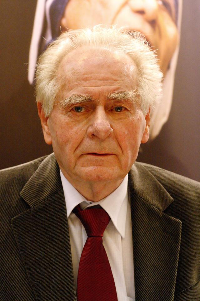 """Wiesław Myśliwski """"Traktat o łuskaniu fasoli"""", Wydawnictwo Znak 2007"""