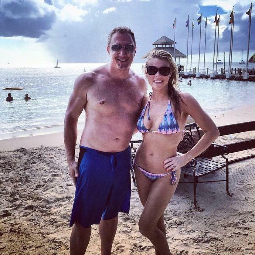 Scott Mitchell ze swoją byłą dziewczyną
