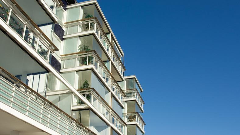 KNF boi się przekrętów przy odwróconej hipotece