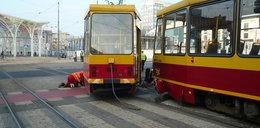 Wykolejenie tramwaju MPK na Piłsudskiego w Łodzi