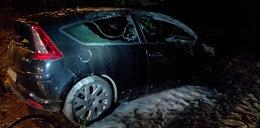 Spalone auto pod Kielcami. W środku dwa ciała