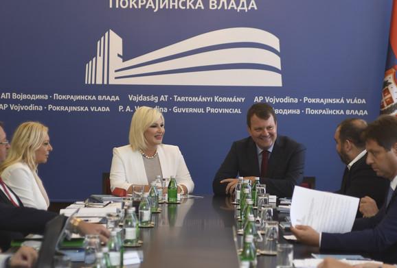 Mihajlović i Mirović na današnjoj pres konferenciji