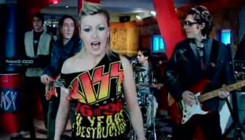 Pre 15 godina svi su pevali njihov hit, sada se popularni bend KONAČNO vraća na scenu!