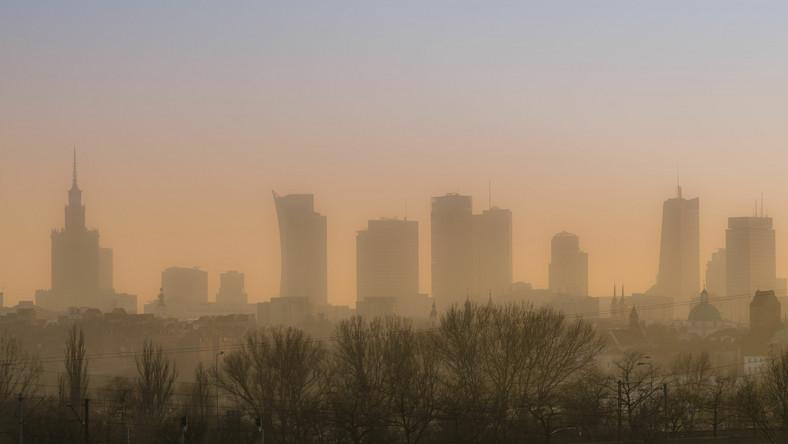Smog w Warszawie, zanieczyszczenie powietrza