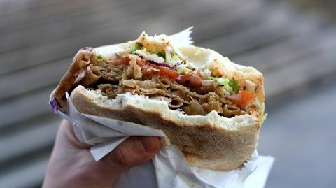 O losie kebabów w Unii Europejskiej przesądzili m.in. eurodeputowani EPL