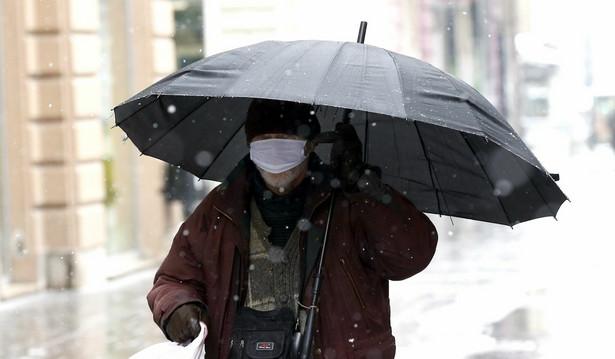 W sumie łączna liczba osób zakażonych koronawirusem to 844