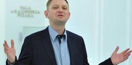 Andrzej Rozenek pali trawkę