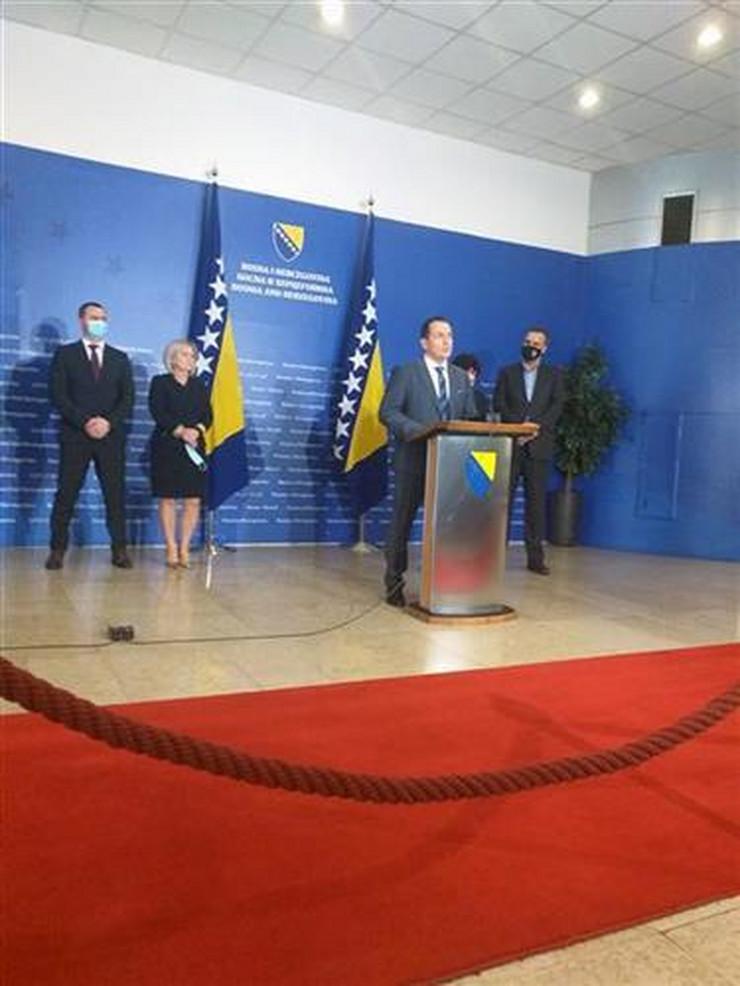 Selmo Cikotić - ministar bezbednosti