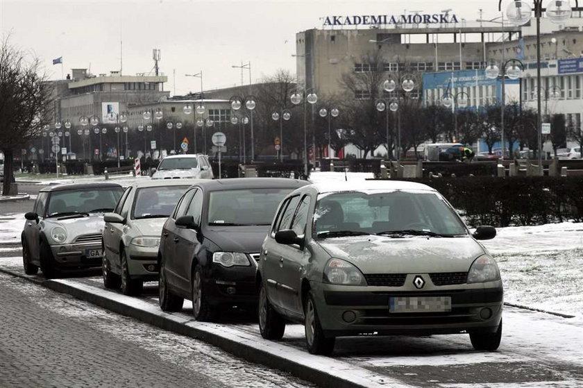 Nie zabierajcie nam parkingów