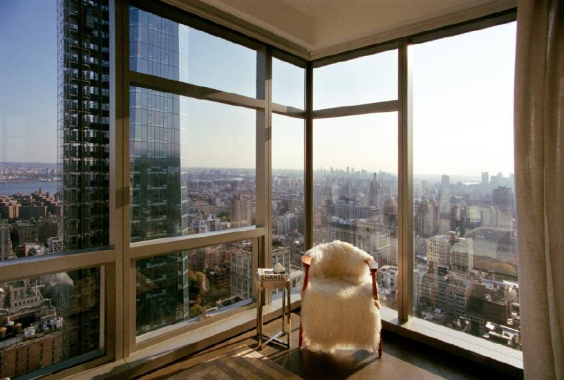 Andi Schmied - Private Views. A High-Rise Panoramana of Manhattan