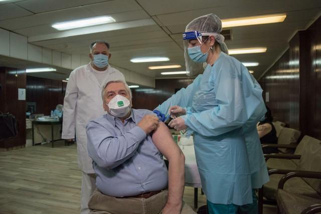 I epidemiolog Branislav Tiodorović je primio vakcinu protiv Covida 19