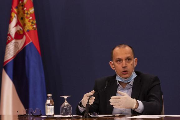 Ministar zdravlja Zlatibor Lončar sutra će sa premijerkom Anom Brnabić otići u Novi Pazar