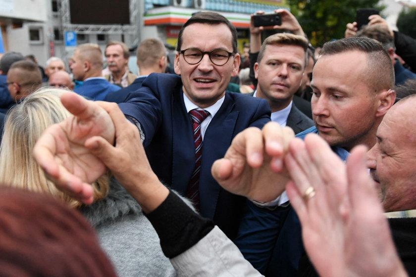 Morawiecki: Nie było dróg ani mostów