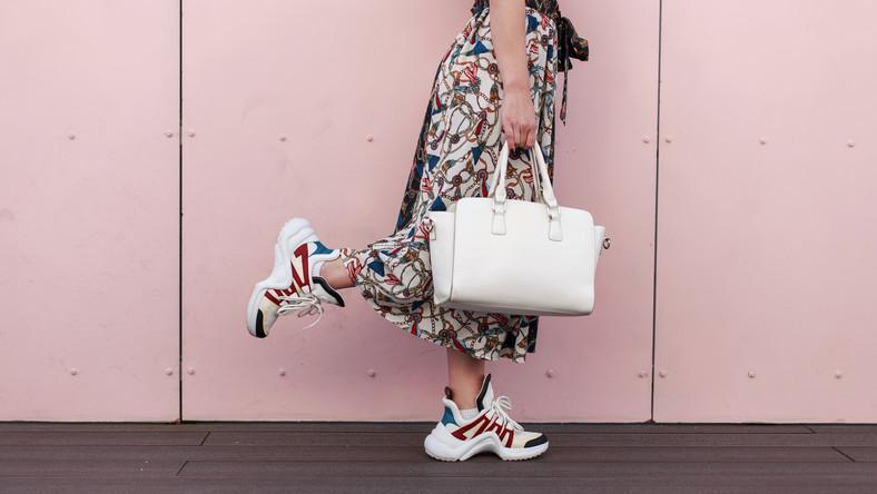 Sportowe Buty Damskie W Codziennych Stylizacjach Moda
