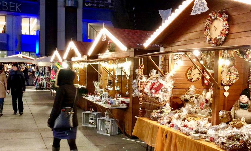 Katowice. Jarmark Bożonarodzeniowy na rynku