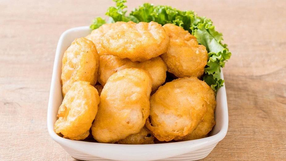 Nuggetsy w cieście naleśnikowym