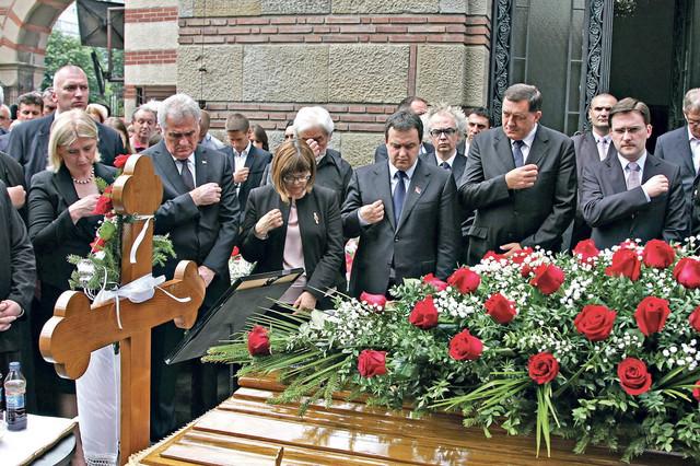 Brojni političari prisustvovali su sahrani Dobrice Ćosića