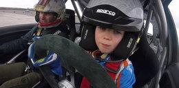 Ma siedem lat i od dawna jeździ autem lepiej niż ty!