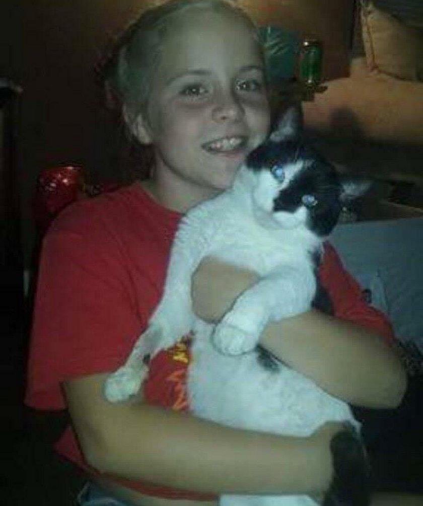 Kot uratował życie swojej małej właścicielki