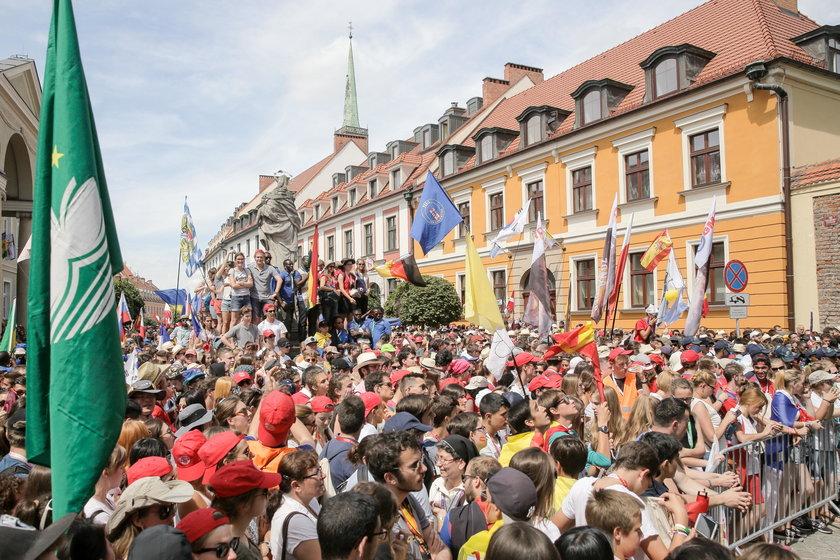 Kilka tysięcy pielgrzymów na Ostrowie Tumskim