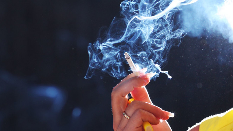 Tak lokale radzą sobie z zakazem palenia