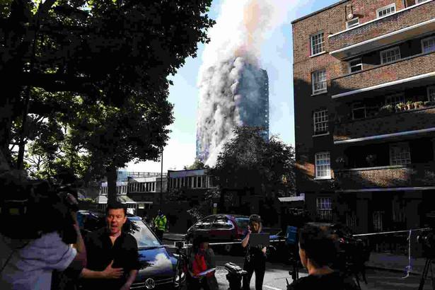 Wcześniej informowano o sześciu ofiarach śmiertelnych i 78 rannych, w tym 18 w stanie krytycznym.