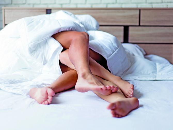 Snovi o seksu zapravo predstavljaju odraz problema koji nas muče u svakodnevnom životu. Ako često sanjate, otkrijte kakvu vam poruku šalje podsvest