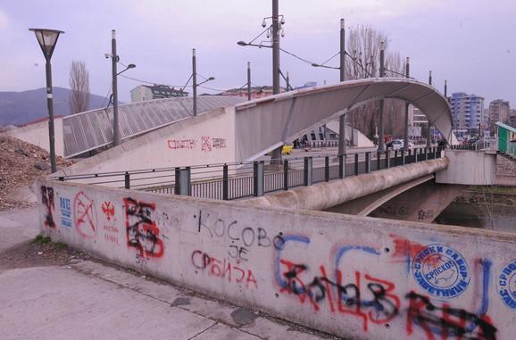 Renoviranjem Kosovske Mitrovice albanska strana želi prodor na sever Kosova