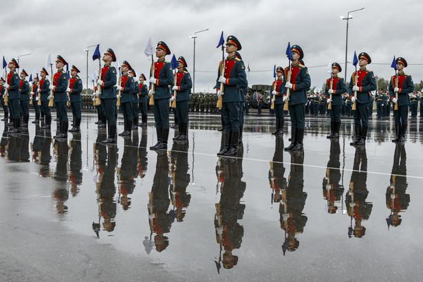Rosyjskie ministerstwo obrony poinformowało w piątek o rozpoczęciu rosyjsko-białoruskich manewrów strategicznych Zapad-2021.
