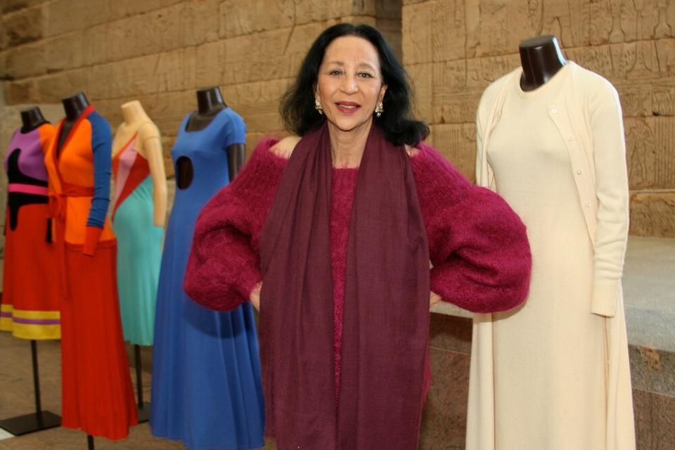 China Machado - 85 lat