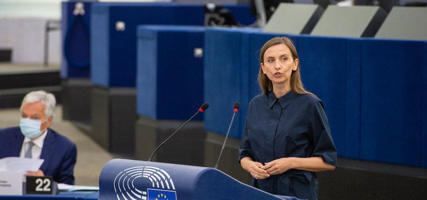 """Europosłanka chce, aby Polacy przestali jeść schabowego. """"Ani mleka, ani kotleta, ani rosołu nie pozwolimy wam zakazać""""!"""