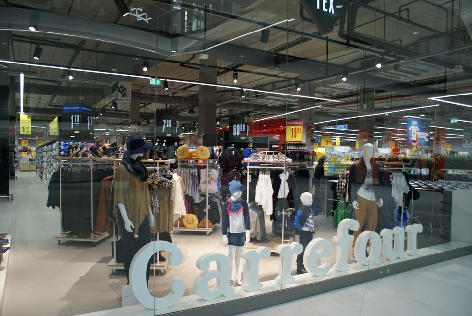 8. Carrefour Polska - przychody: 9 mld zł