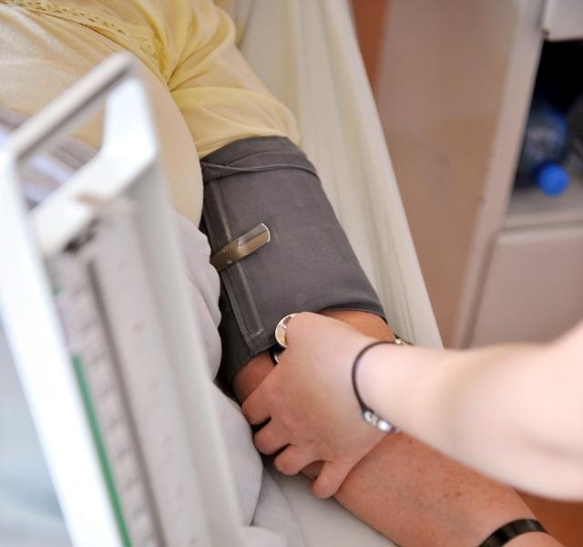 pamela és magas vérnyomás az éhgyomor magas vérnyomás esetén