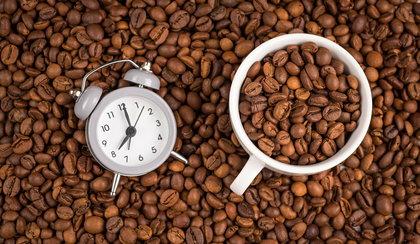 Pijesz kawę o tej godzinie? To błąd