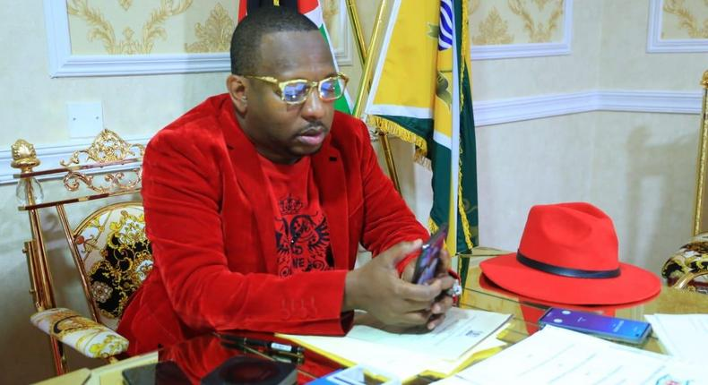 Nairobi Governor Mike Sonko holds meeting with Jubilee MCAs at his Upper Hill office to hinder impeachment motion
